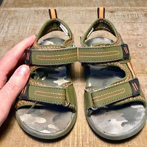 Kid's Sandals with Velcro Straps | Size 9